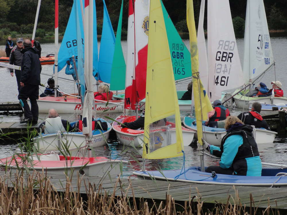Read the Frensham Sailability Summer 2016 Newsletter
